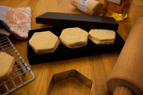 Luxury Pack of Six Hexagon Biscuits